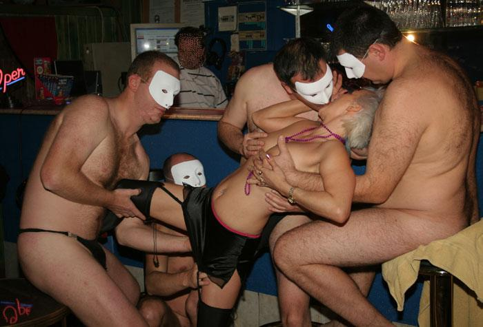 sm club was bedeutet gangbang